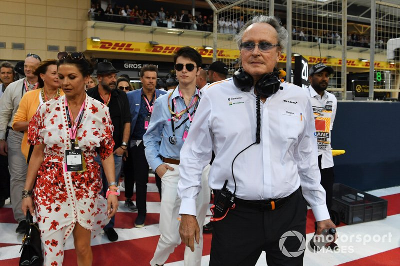 Actress Catherine Zeta Jones and Mansour Ojjeh, co-owner, McLaren, on the grid