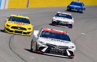 Erik Jones, Joe Gibbs Racing, Toyota Camry SportClips, Joey Logano, Team Penske, Ford Mustang Pennzoil