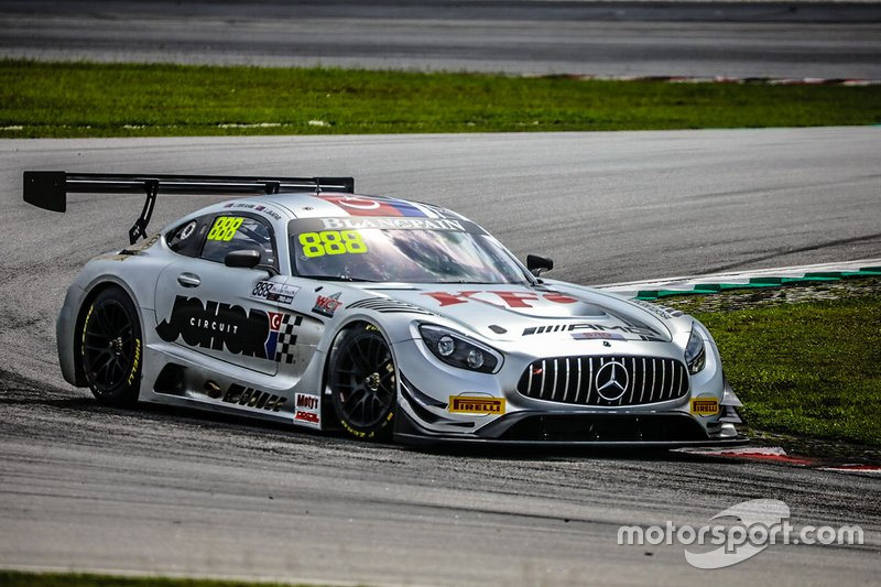 #888 Triple Eight Race Engineering Australia Mercedes-AMG GT3: Jefri Ibrahim, Jazeman Jaafar