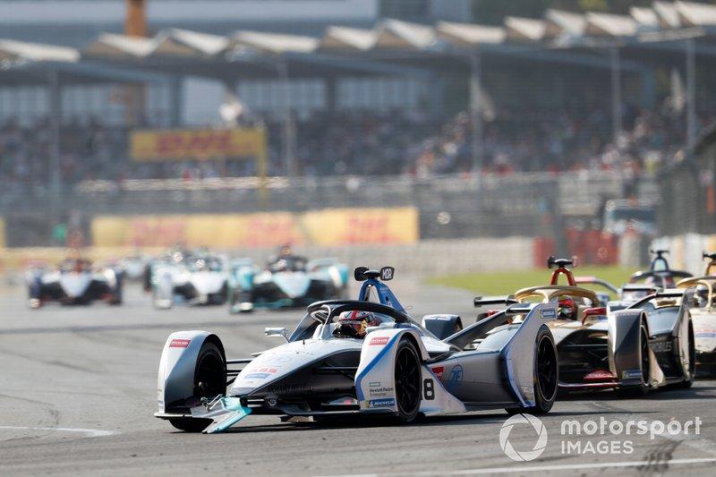 Edoardo Mortara Venturi Formula E, Venturi VFE05 con parte del alerón de Nelson Piquet Jr's, Panasonic Jaguar Racing, Jaguar I-Type 3
