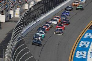 Ross Chastain, Kaulig Racing, Chevrolet Camaro Nutrien Ag Solutions, Brandon Jones, Joe Gibbs Racing, Toyota Supra Juniper
