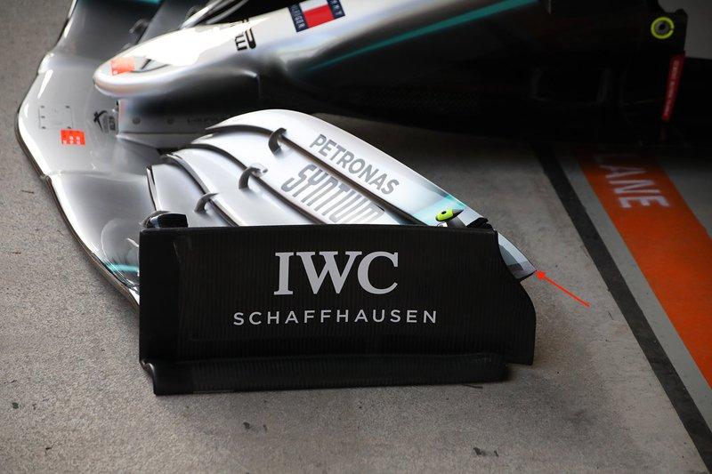 Mercedes AMG F1 W10 ön kanat detay