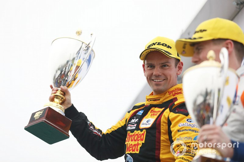 Podium race 3: race winner Tom Chilton, Motorbase Performance Ford Focus