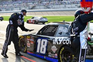 Jeffrey Earnhardt, Joe Gibbs Racing, Toyota Supra iK9 pit stop