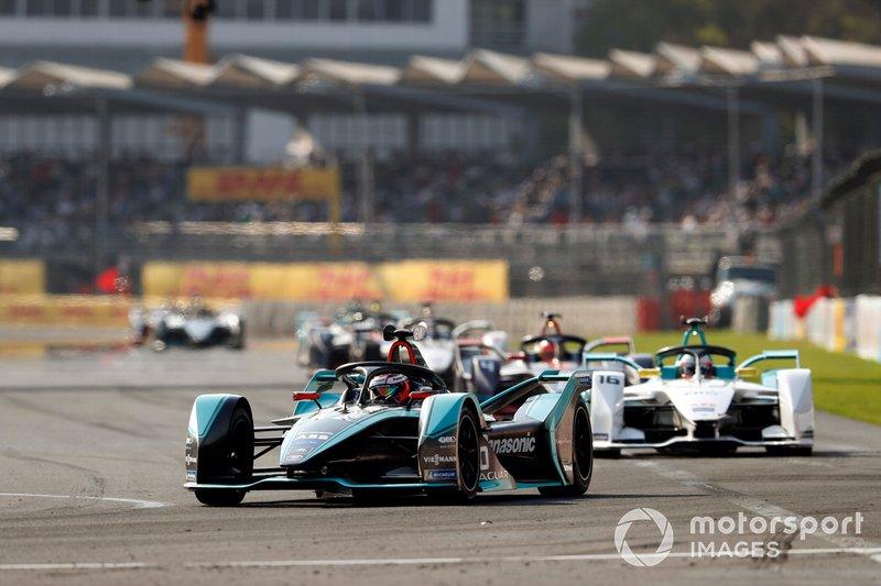 Mitch Evans, Panasonic Jaguar Racing, Jaguar I-Type 3 y Oliver Turvey, NIO Formula E Team, NIO Sport 004