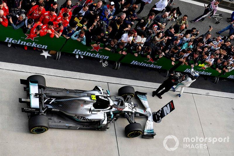 Valtteri Bottas, Mercedes AMG F1, celebra su segunda plaza