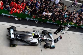 Valtteri Bottas, Mercedes AMG F1, 2nd position, celebrates in Parc Ferme