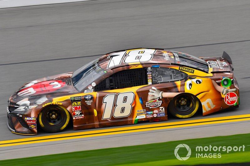31. Kyle Busch, Joe Gibbs Racing, Toyota Camry