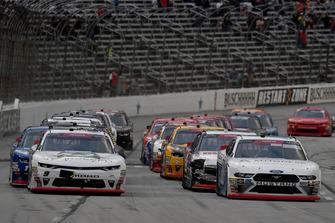 Cole Custer, Stewart-Haas Racing, Ford Mustang Autodesk, Tyler Reddick, JR Motorsports, Chevrolet Camaro BurgerFi