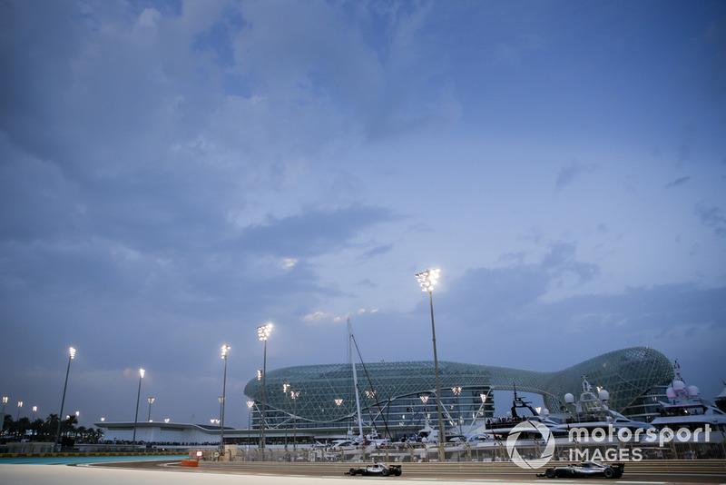 Lewis Hamilton, Mercedes AMG F1 W09 EQ Power+ leads Valtteri Bottas, Mercedes AMG F1 W09 EQ Power+