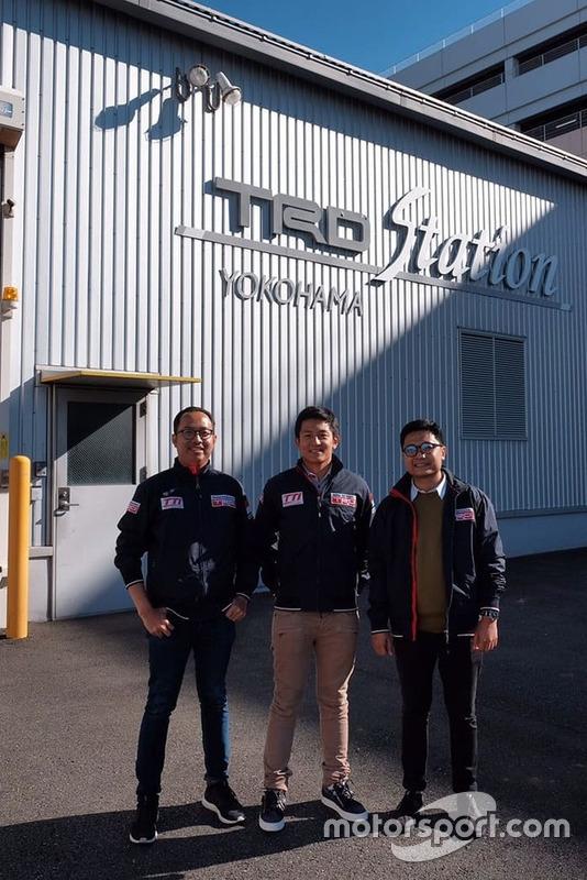 Rio Haryanto, Toyota Team Indonesia, di depan TRD Station Yokohama