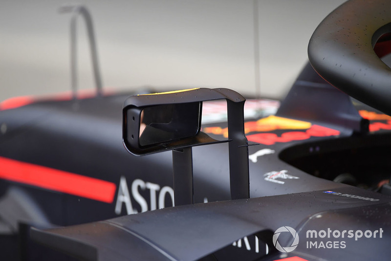 Retrovisor no Red Bull Racing RB14