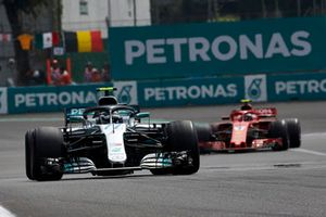 Valtteri Bottas, Mercedes AMG F1 W09 EQ Power+, leads Kimi Raikkonen, Ferrari SF71H