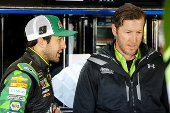 Chase Elliott, Hendrick Motorsports, Chevrolet Camaro Mountain Dew e il crew chief Alan Gustafson