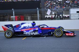 Pierre Gasly in the Toro Rosso STR13