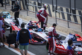 Pascal Wehrlein, Mahindra Racing, M5 Electro verlaat zijn wagen