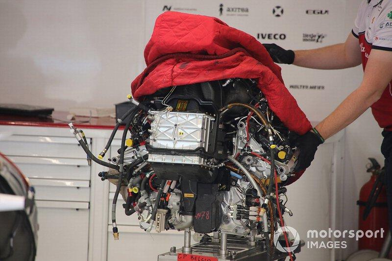 Alfa Romeo Racing C38, dettaglio del motore Ferrari