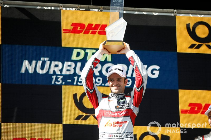 Podium: Race winner Jamie Green, Audi Sport Team Rosberg