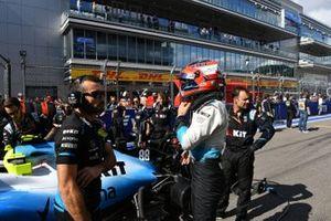 Robert Kubica, Williams Racing, sur la grille