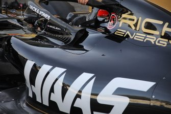 Haas F1 Team VF-19 technical detail