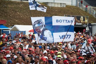 Fans of Valtteri Bottas, Mercedes AMG F1