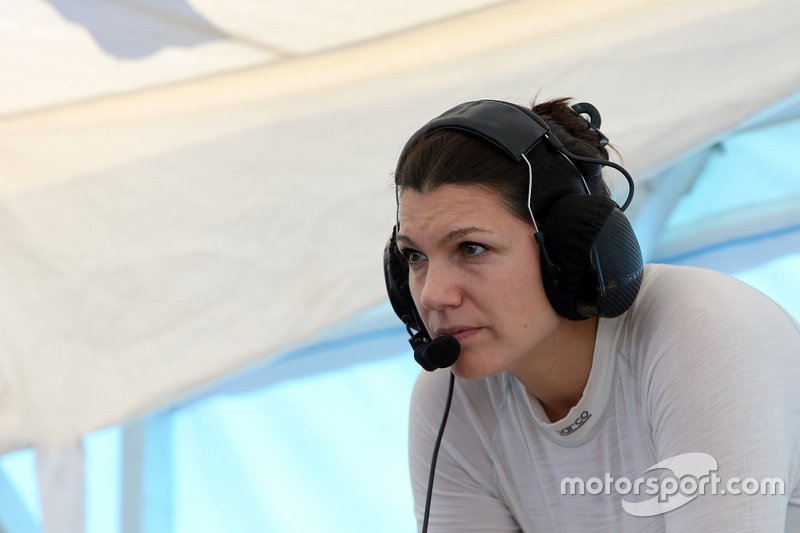 #57 Heinricher Racing w/Meyer Shank Racing Acura NSX GT3: Katherine Legge