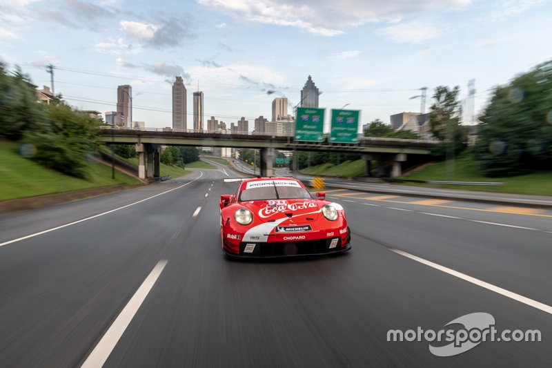 Porsche 911 RSR con livrea Coca-Cola