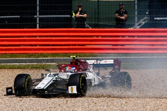 Antonio Giovinazzi, Alfa Romeo Racing C38 in the gravel