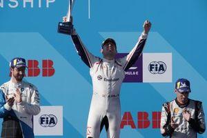 Yarış galibi Robin Frijns, Envision Virgin Racing, 2. Alexander Sims, BMW I Andretti Motorsports, 3. Sébastien Buemi, Nissan e.Dams