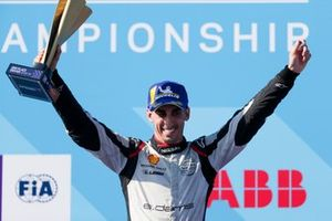 Sébastien Buemi, Nissan e.Dams celebrates 2nd position in the championship on the podium
