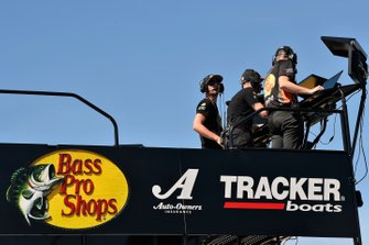 Martin Truex Jr., Joe Gibbs Racing, Toyota Camry Bass Pro Shops, Cole Pearn