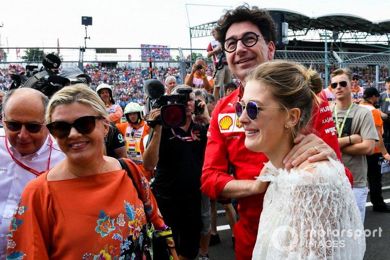 Corinna Schumacher, Gina-Maria Schumacher e Mattia Binotto, Team Principal Ferrari festeggiano la vittoria in F2 di Mick Schumacher