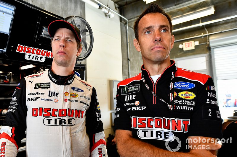 Brad Keselowski, Team Penske, Ford Mustang Discount Tire Paul Wolfe