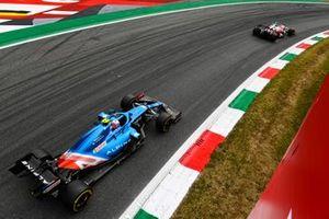 Antonio Giovinazzi, Alfa Romeo Racing C41, Esteban Ocon, Alpine A521