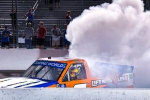 Ganador Sheldon Creed, GMS Racing, Chevrolet Silverado Liftkits4less.com