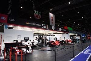 Tag Heuer Porsche, Porsche 99X Electric garage