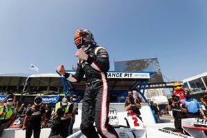 Pole sitter Josef Newgarden, Team Penske Chevrolet