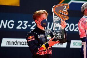 Podium: second place Liam Lawson, AF Corse