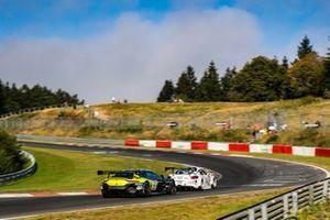 #21 Aston Martin Racing Aston Martin Vantage GT3: Nicki Thiim, Maxime Martin
