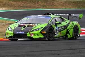 #351 Bonaldi Motorsport, Lamborghini Huracan ST Evo: Michael Fischbaum, Fabio Vairani, Milos Pavlovic
