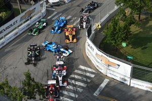 Takuma Sato, Rahal Letterman Lanigan Racing Honda, Jimmie Johnson, Chip Ganassi Racing Honda, Ryan Norman, Dale Coyne Racing, crash