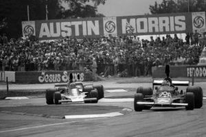 Jean-Pierre Jarier, Shadow DN5, Mario Andretti, Parnelli VPJ4