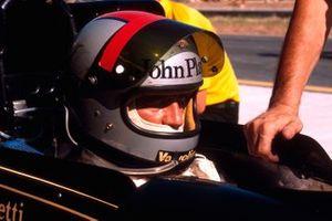 Mario Andretti, Lotus Ford