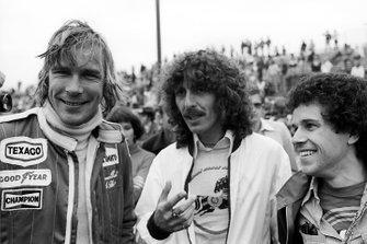 James Hunt, with F1 celebrity fans George Harrison, Beatles guitarist, and Leo Sayer, Singer