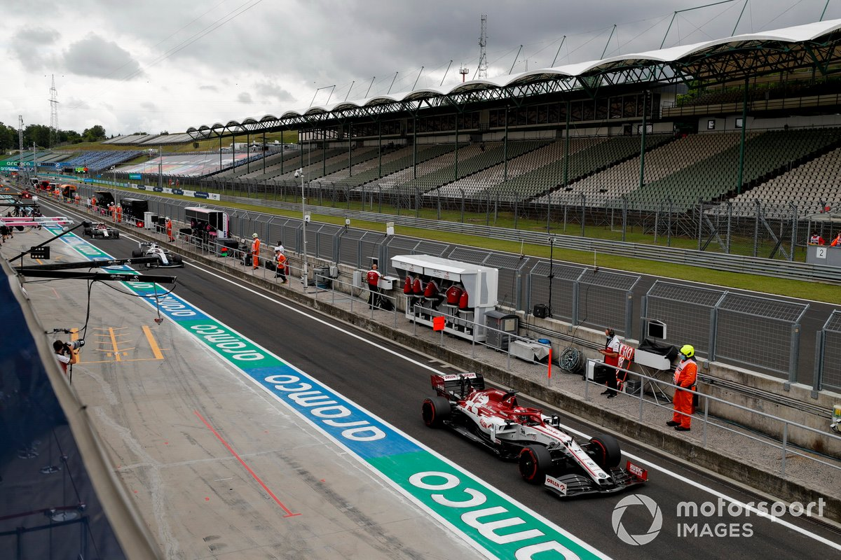 Kimi Raikkonen, Alfa Romeo Racing C39, 1m16.614s