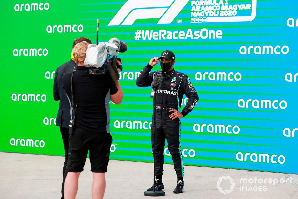 Ganador de la pole Lewis Hamilton, Mercedes F1