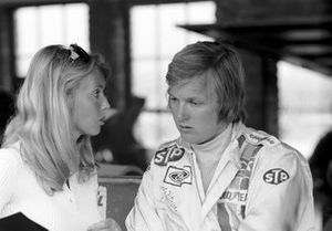 Ronnie Peterson, March, mit Ehefrau Barbro