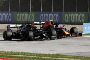 Lewis Hamilton, Mercedes F1 W11 EQ Performance, battles with Alex Albon, Red Bull Racing RB16