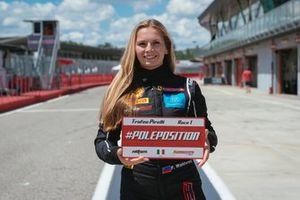 Fabienne Wohlwend, Ferrari 488, Octane126