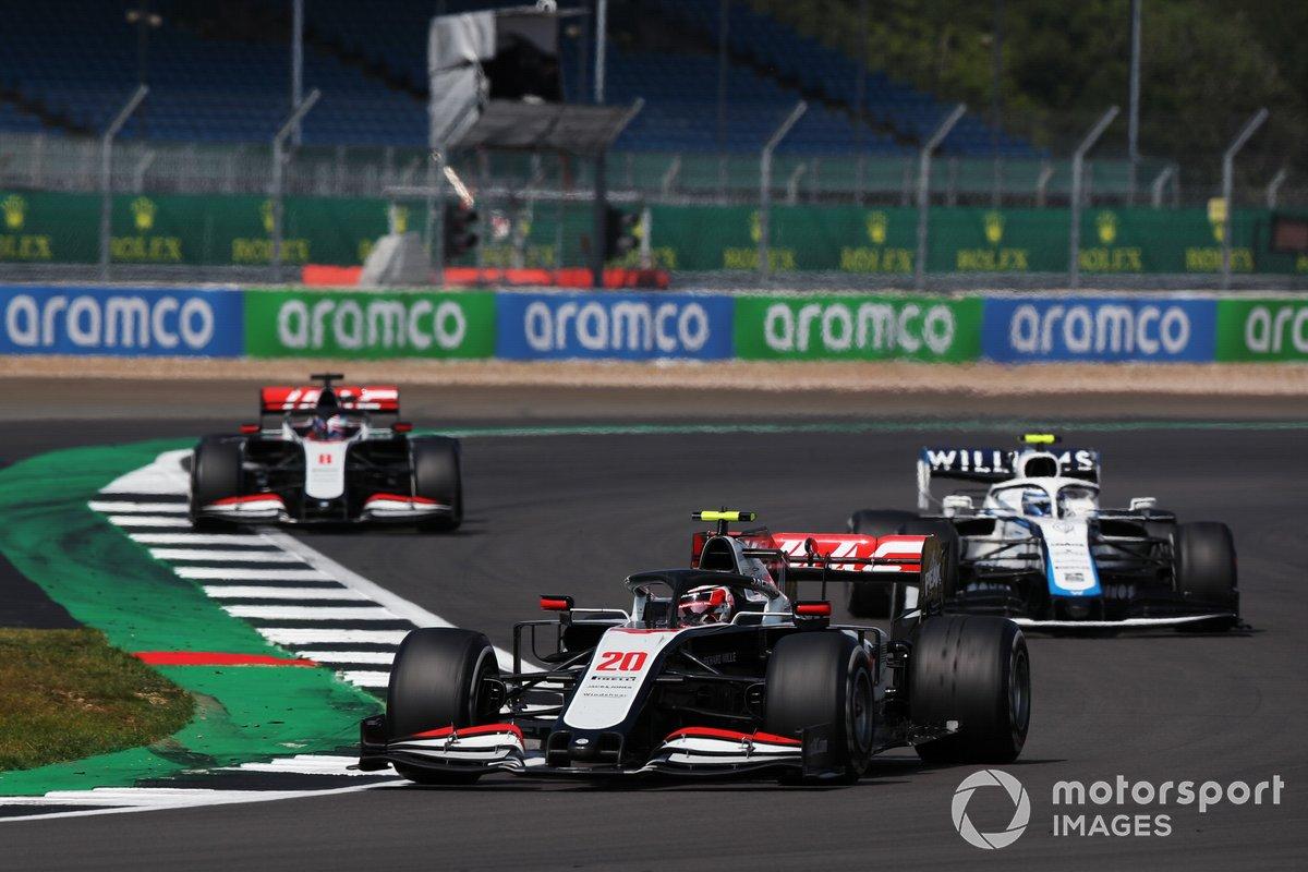 Kevin Magnussen, Haas VF-20, Nicholas Latifi, Williams FW43, Romain Grosjean, Haas VF-20